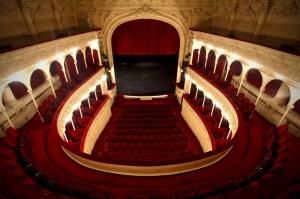 teatrul-odeon-sala-majestic