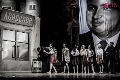 Sint_o_baba_comunista_Teatrul_de_Balet_Sibiu (126)